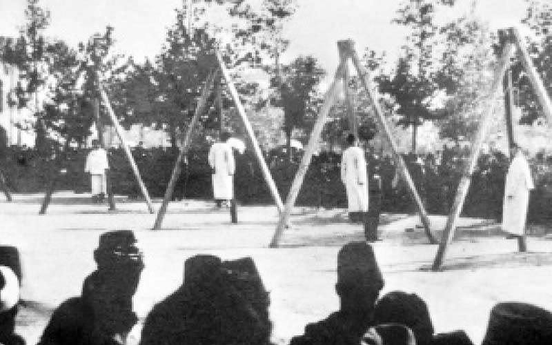 إبادة وإعدام جماعى للأرمن على مرأى ومسمع من ذويهم على أيدى الأتراك