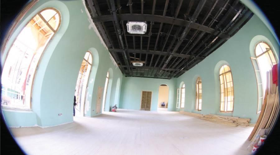 المرحلة الأولى من ترميم إحدى القاعات ستكون مكتبة